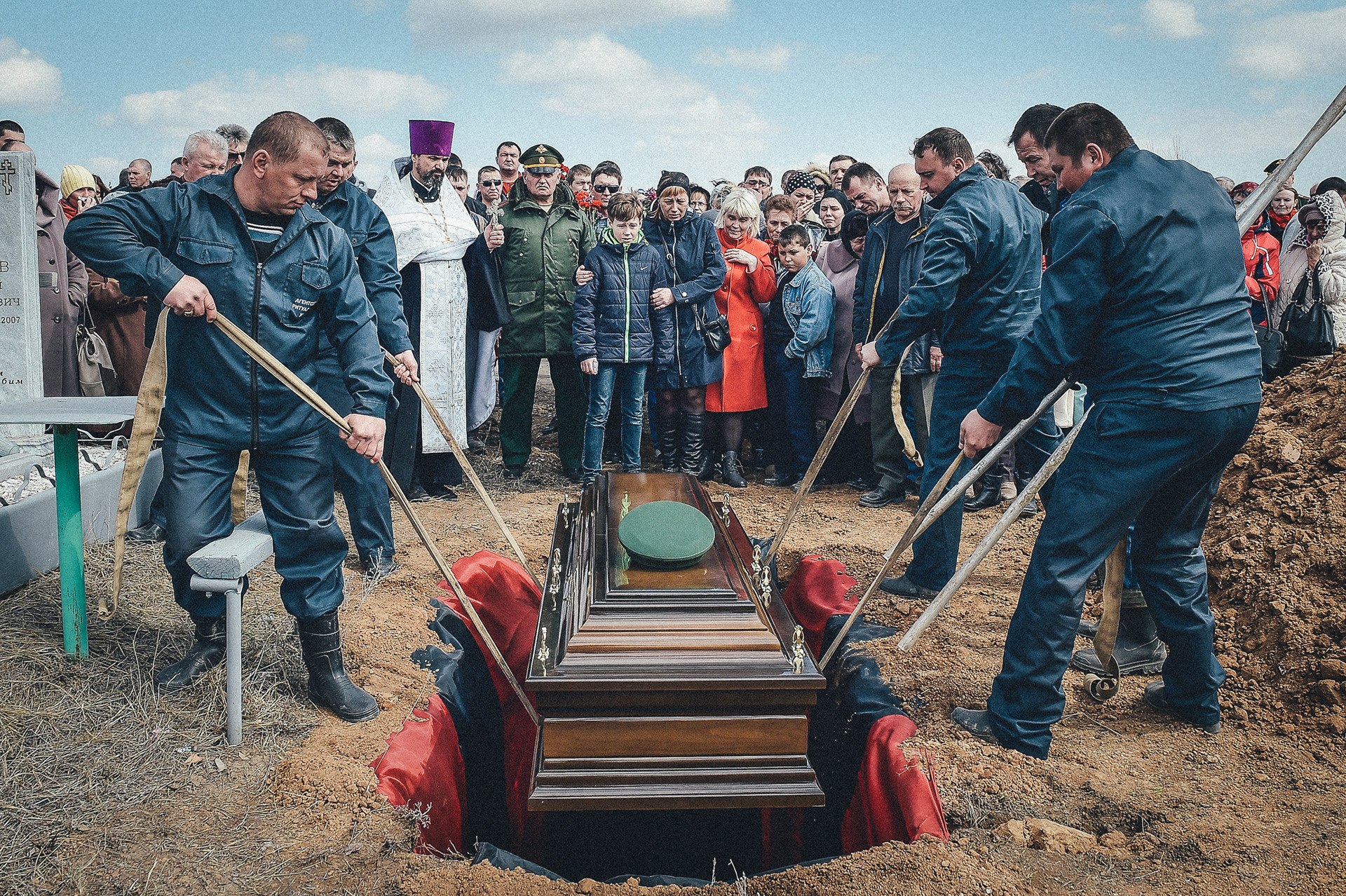Burial of a military man