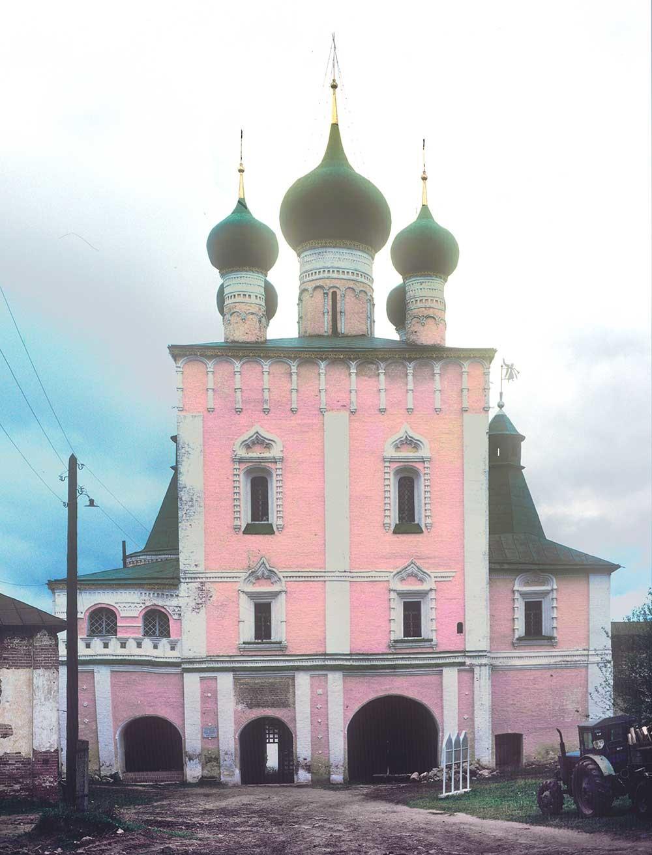 Monastero Borisoglebskij, Chiesa della Purificazione, vista del lato meridionale, 4 ottobre 1992