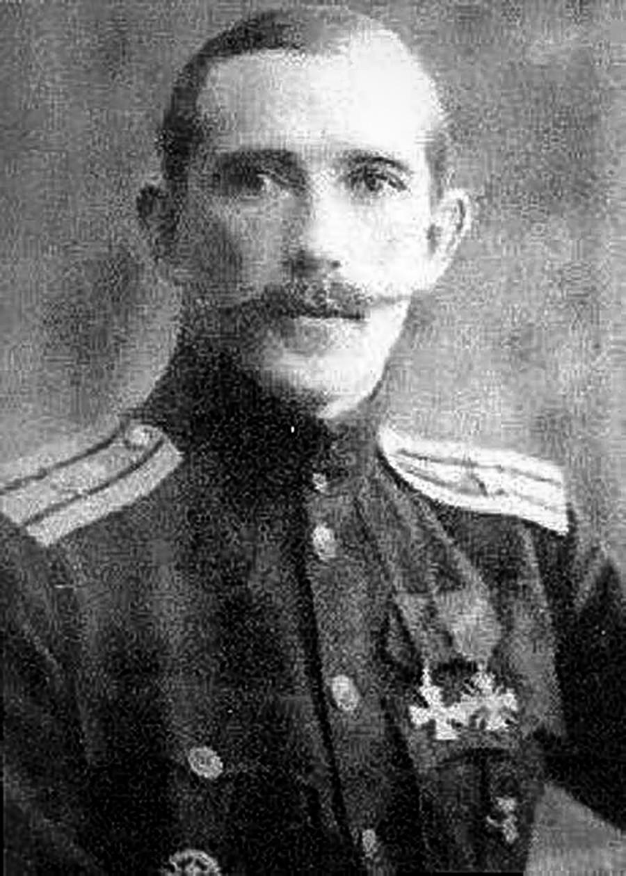 Александар Казаков