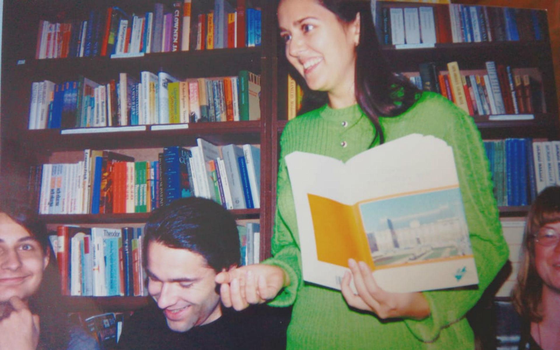 La joie semblait régner lors des cours de breton d'Anna Mouradova (au centre), à l'Université d'État de Moscou, en 1997.