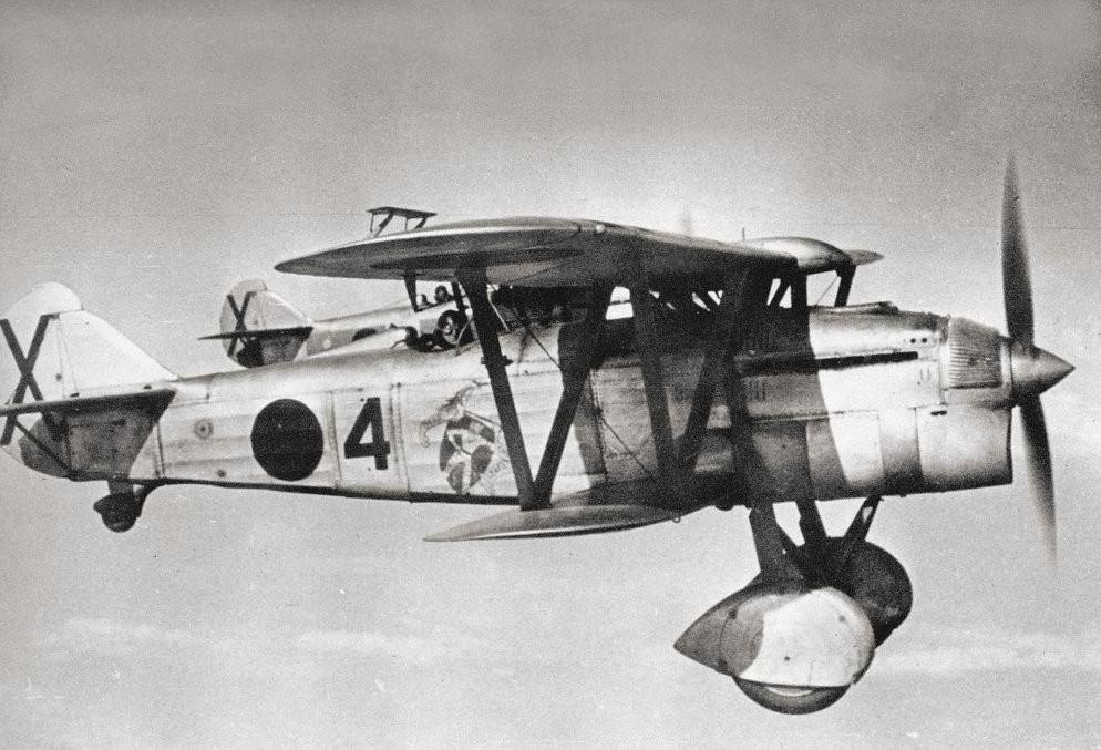 Pareja de Fiat C.R.32 del X Grupo Baleari.