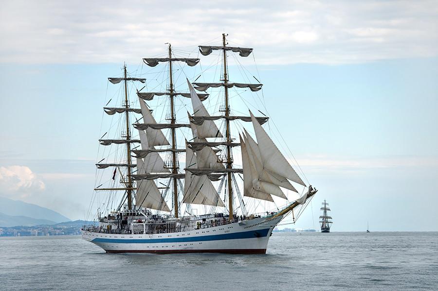 Kapal Layar Rusia Yang Digunakan Sejak Era Soviet Hingga Sekarang Russia Beyond