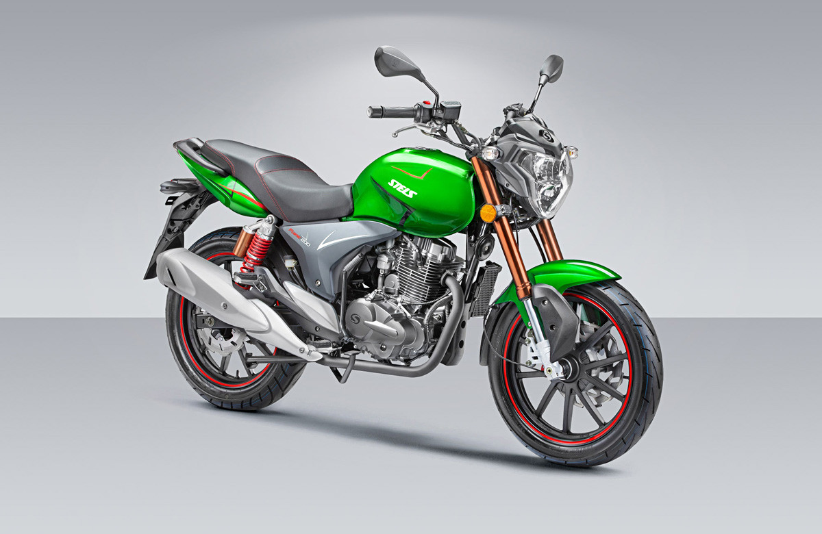 オートバイ「Stels 200 Flame」