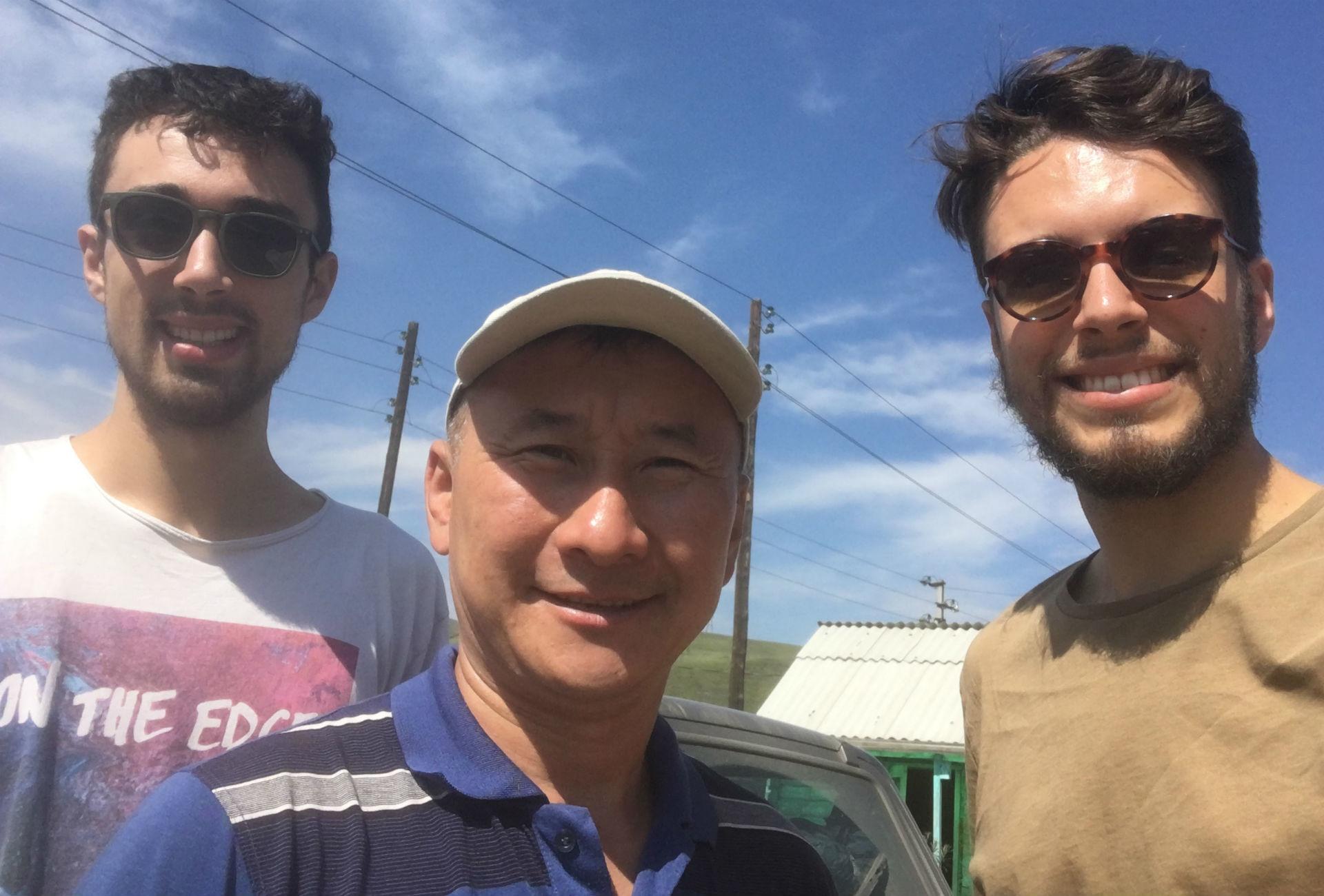 De gauche à droite: Arthur, Zorikto et Alexandre.