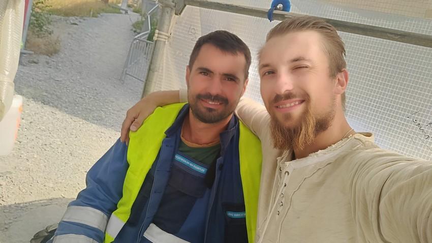 Александар Скрјабин (десно) и његов српски друг Радован