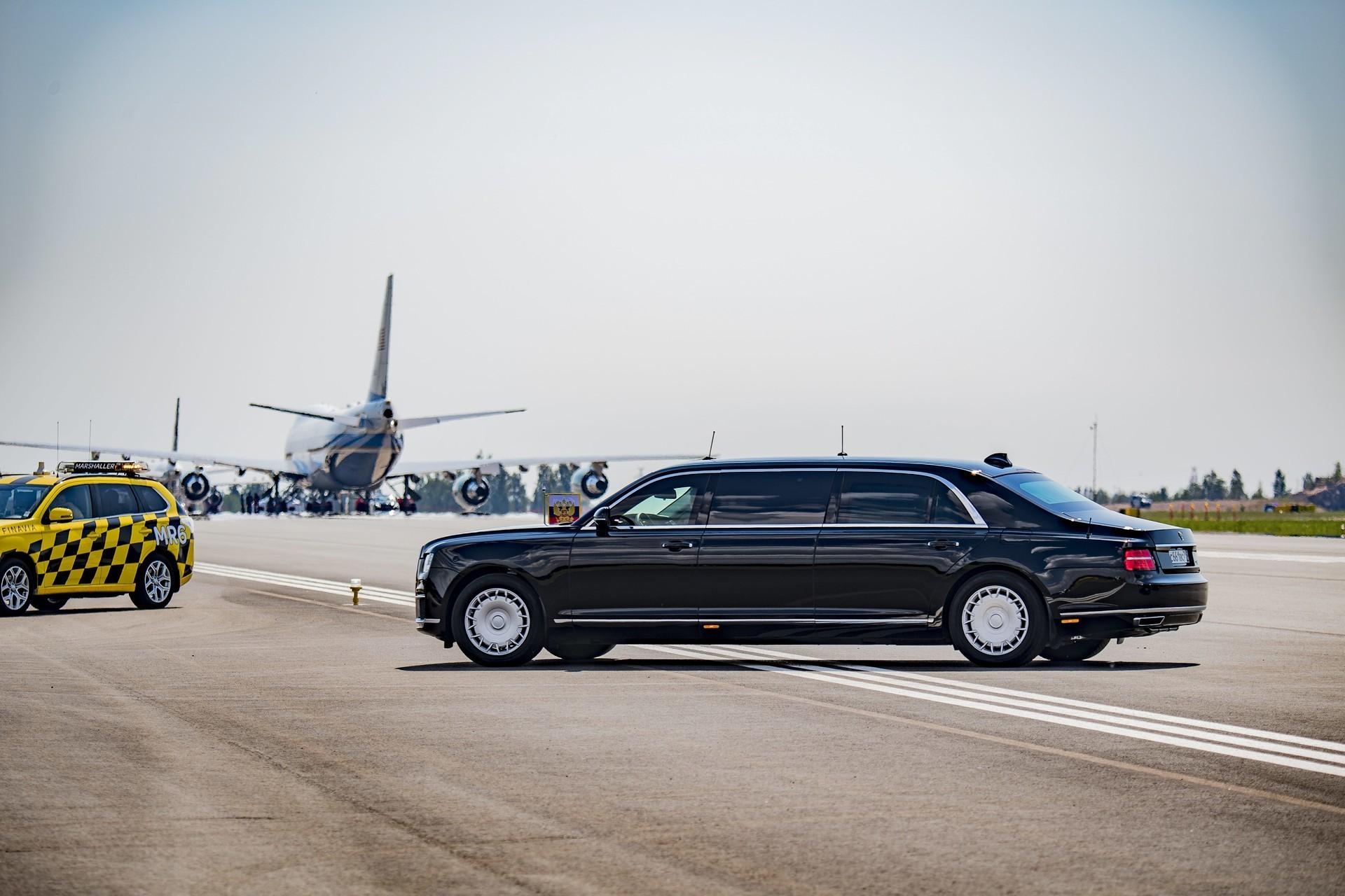 """Лимузината на Путин """"Аурус Сенат"""""""