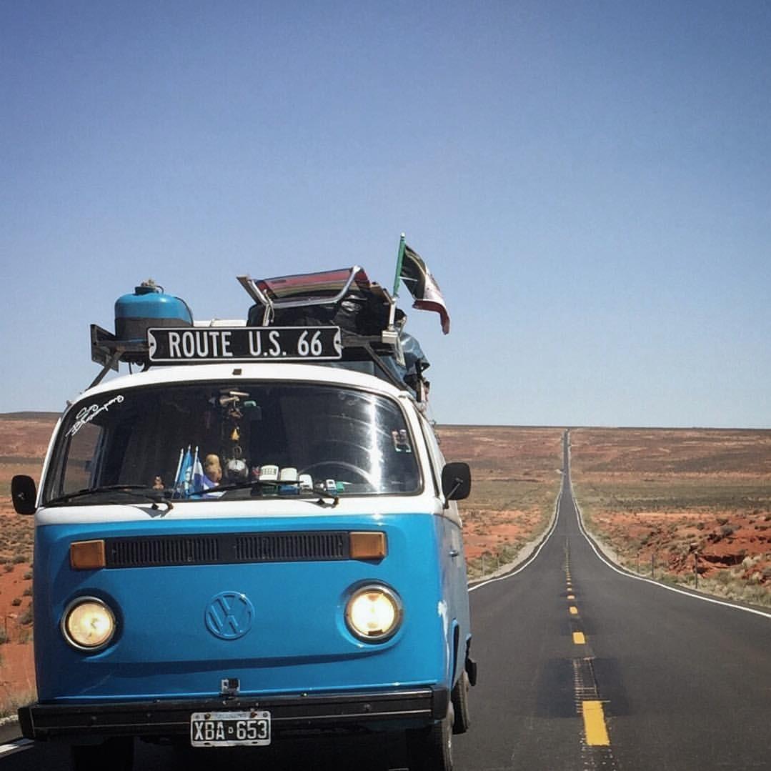 El minibús de Franco y Olga en el camino hacia el parque nacional Zion.