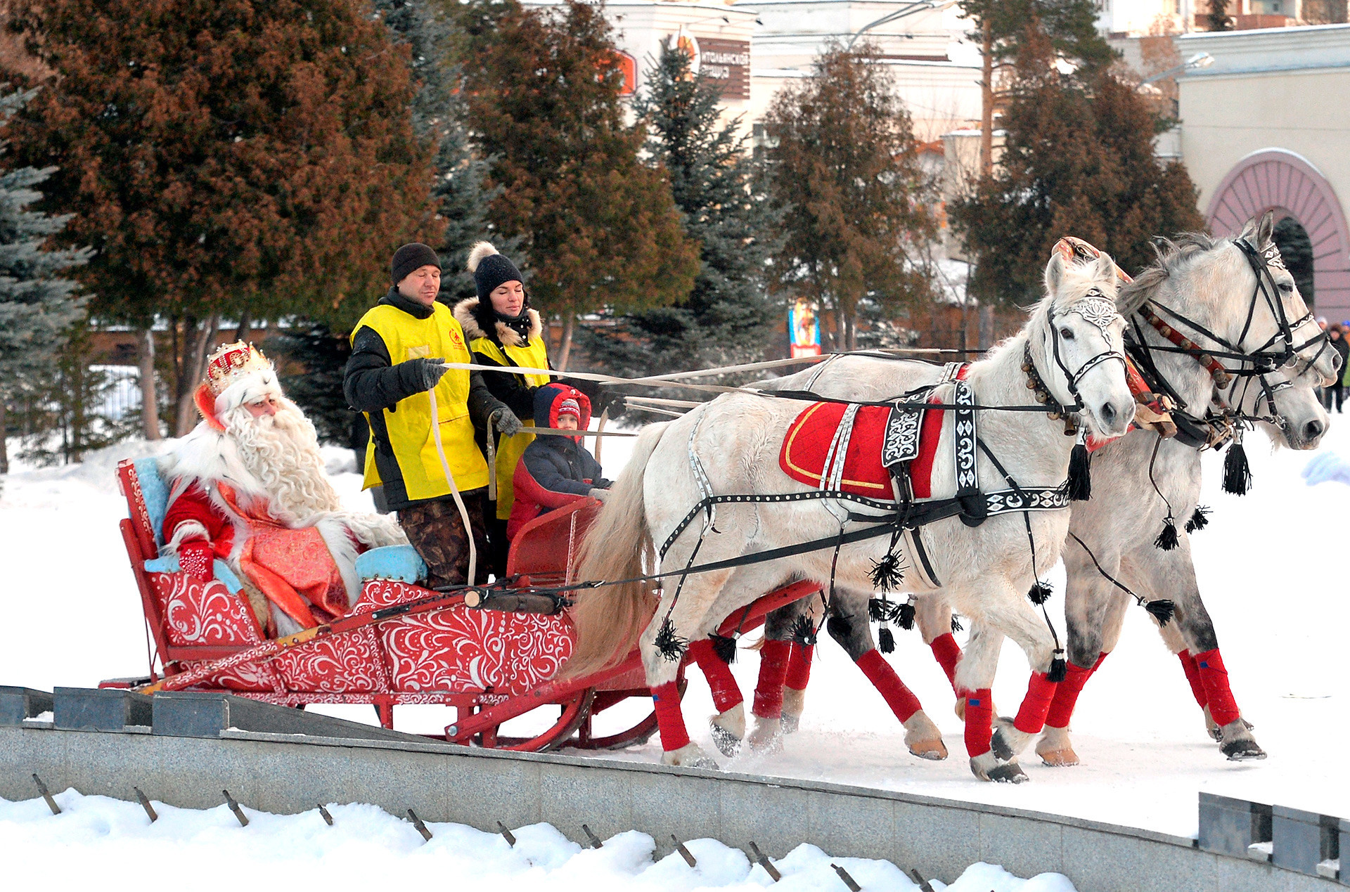 Veliky Ustyug adalah kediaman Ded Moroz.