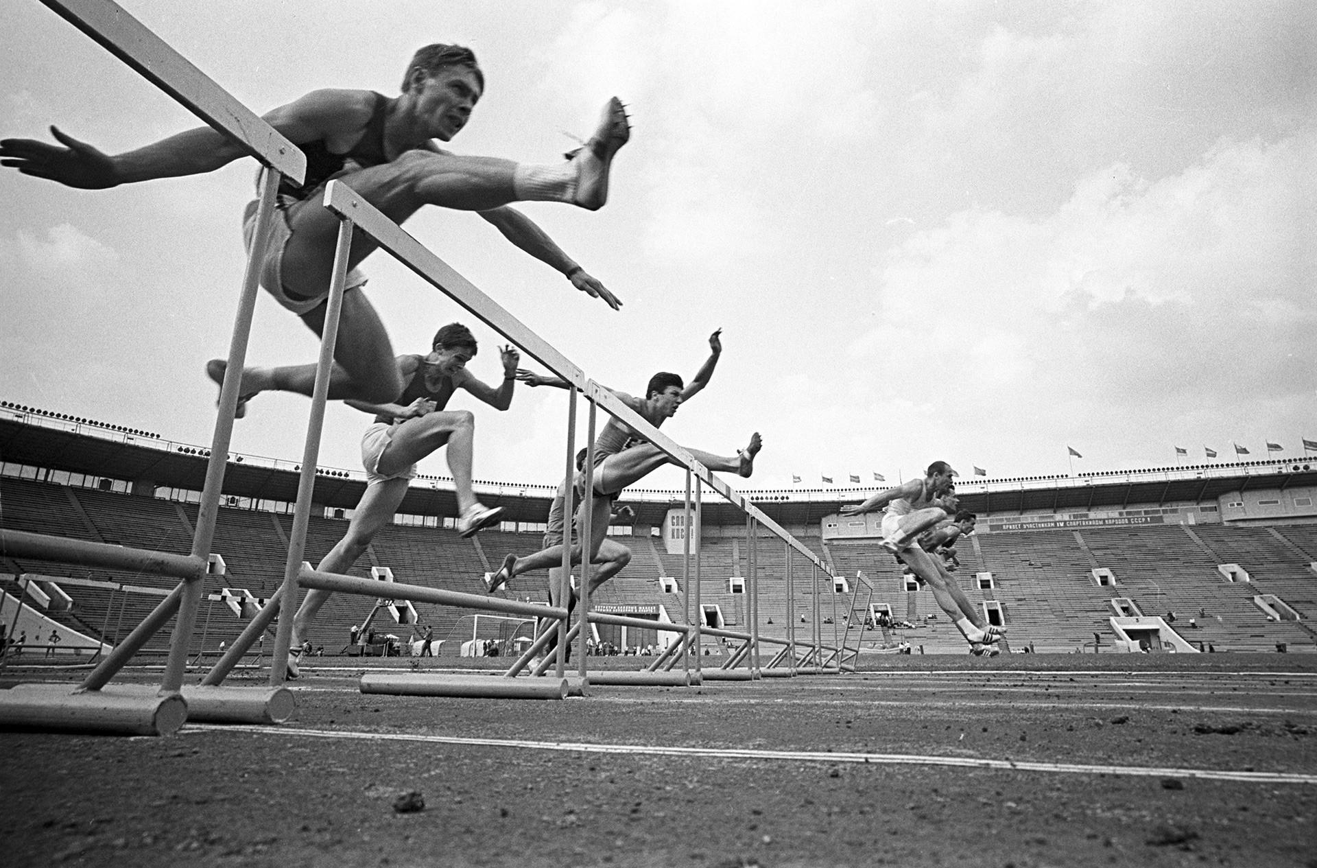 110-m-Hürdenlauf bei der 4. Spartakiade 1967