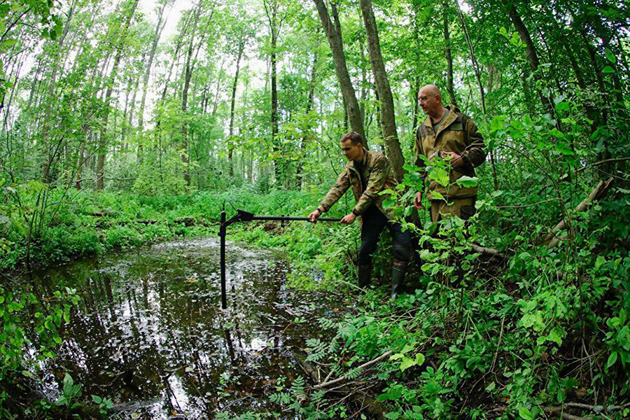 Las excavaciones son más complejas en el corazón de este denso pantano.