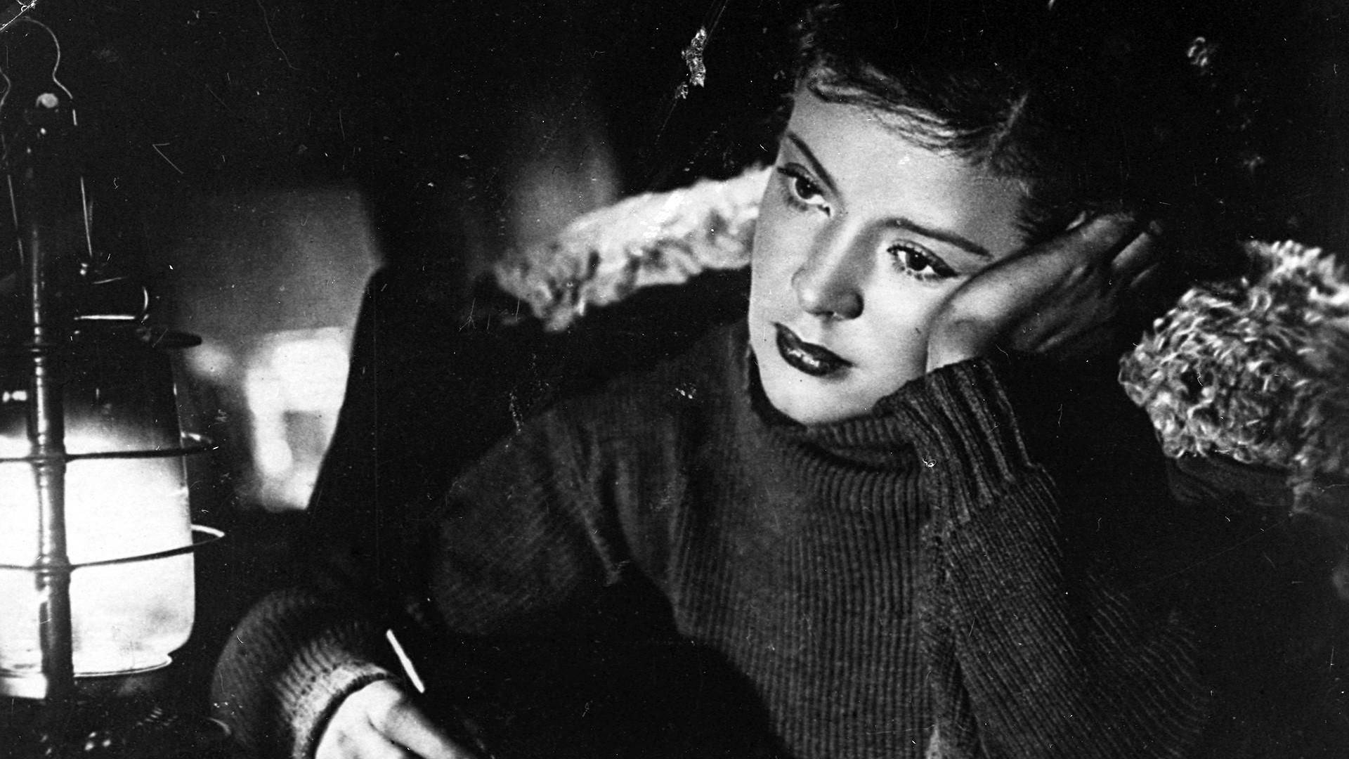"""Zoja Fjodorova protagonista del film """"Podrugi"""" (""""Le amiche"""") del 1935"""