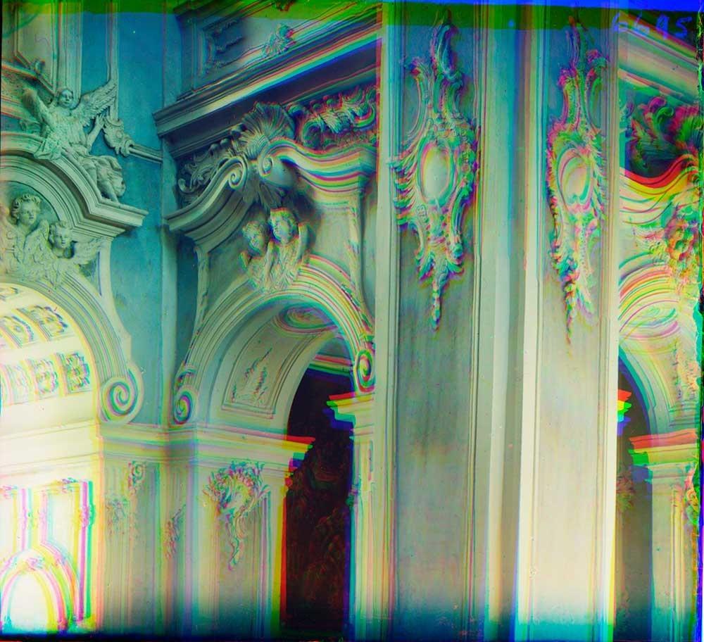 ゴリツキー生神女就寝修道院。 生神女就寝大聖堂。内装の装飾の一部。1911年夏。