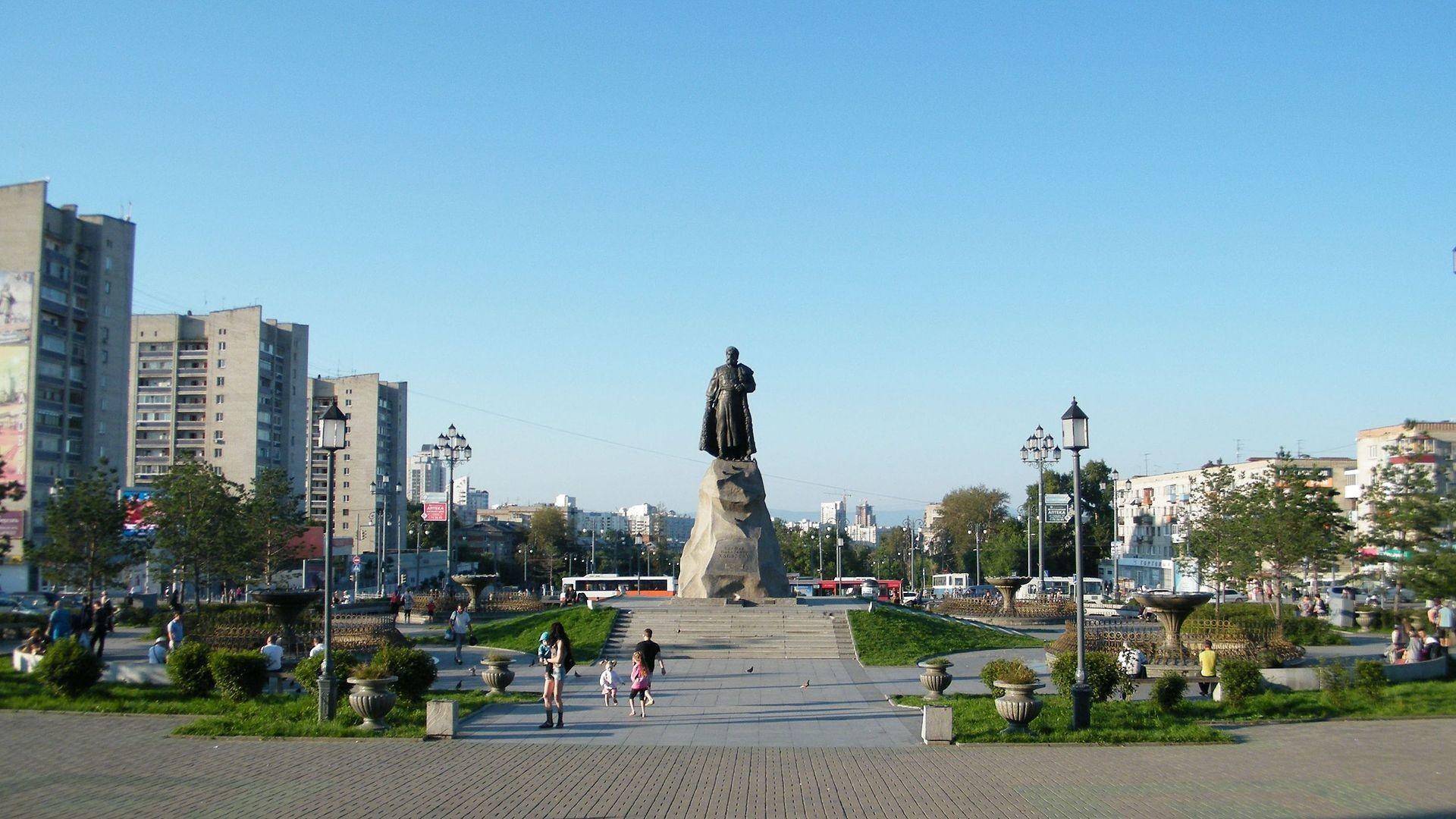 Habarovsk, trg s spomenikom Jerofeja Habarova, ruskega podjetnika in raziskovalca Daljnega vzhoda
