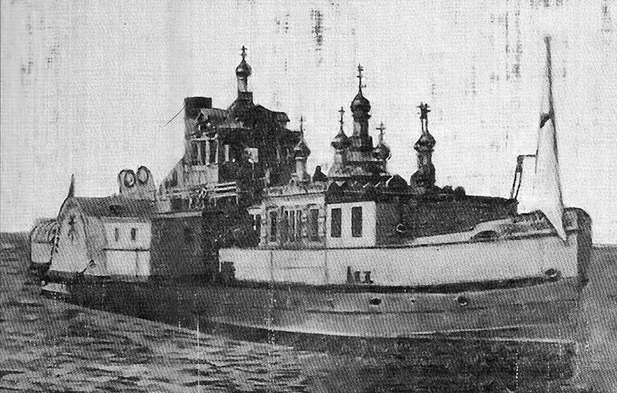 Schwimmende Kirche für den Heiligen Nikolaj den Wundertäter