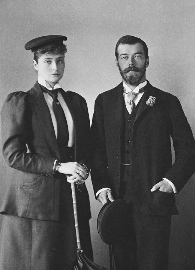 Príncipe herdeiro Nicolau Aleksandrovitch e a futura esposa, Alice de Hesse, 1894