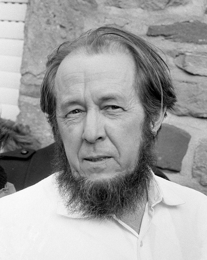 Alexánder Solzhenitsin en 1974.