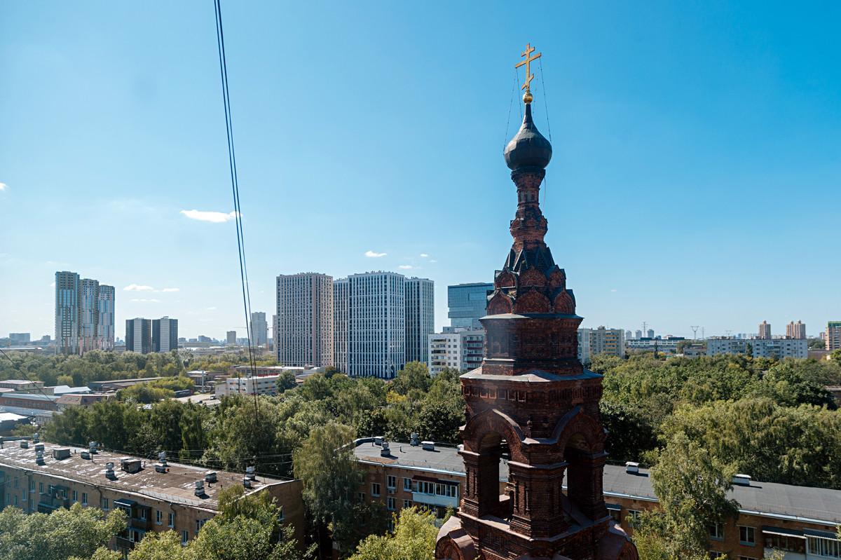 L'ancien clocher du monastère Golovinski, ce dernier ayant été érigé en 1880 et détruit dans les années 1930, dans le nord de Moscou.