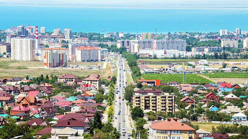 Pemandangan kota Anapa dari ketinggian.