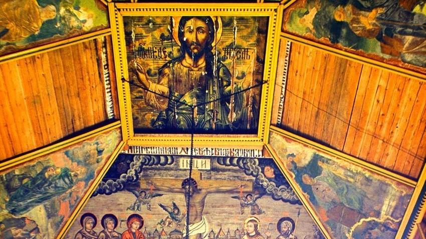 聖イリヤ聖堂、内装。キリストの天井画。1999年7月23日。