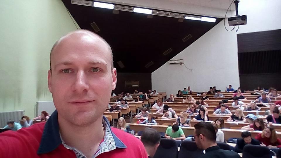 На испит по руски јазик во Скопје.