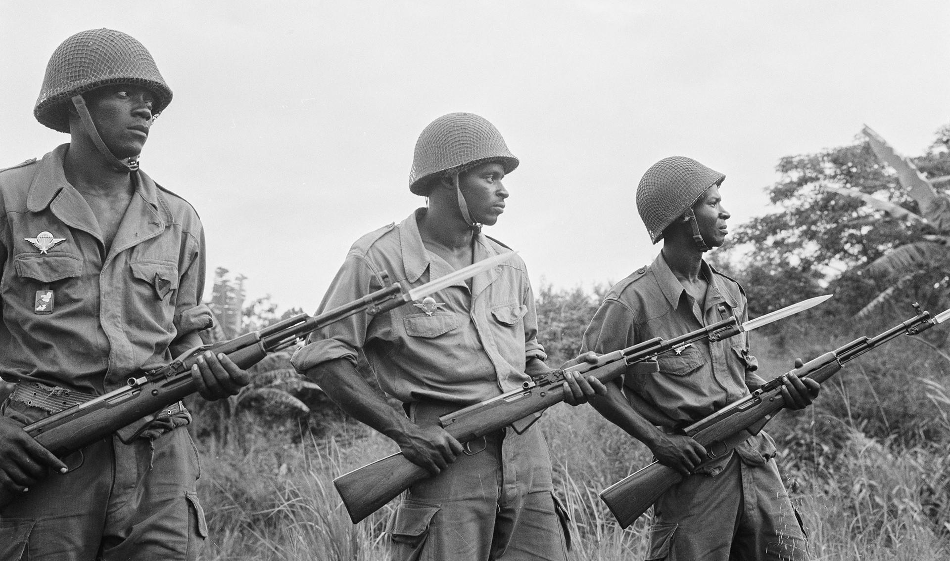 Войници от народната армия на Република Конго.