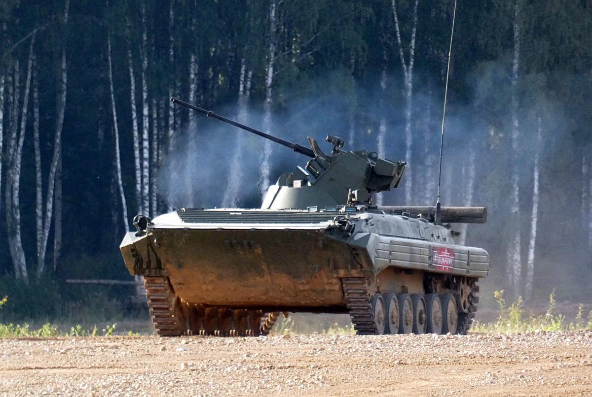 La primera nueva propuesta de Uralvagonzavod fue una versión mejorada del vehículo de combate de infantería BMP-1 bautizado como Basurmanin.
