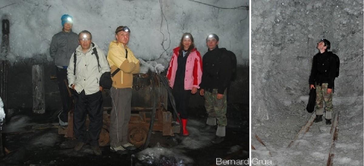 En s'enfonçant dans la galerie, le ruissellement stoppe. La condensation cristallise sur le permafrost tout en devenant plus fine vers le fond de la mine.