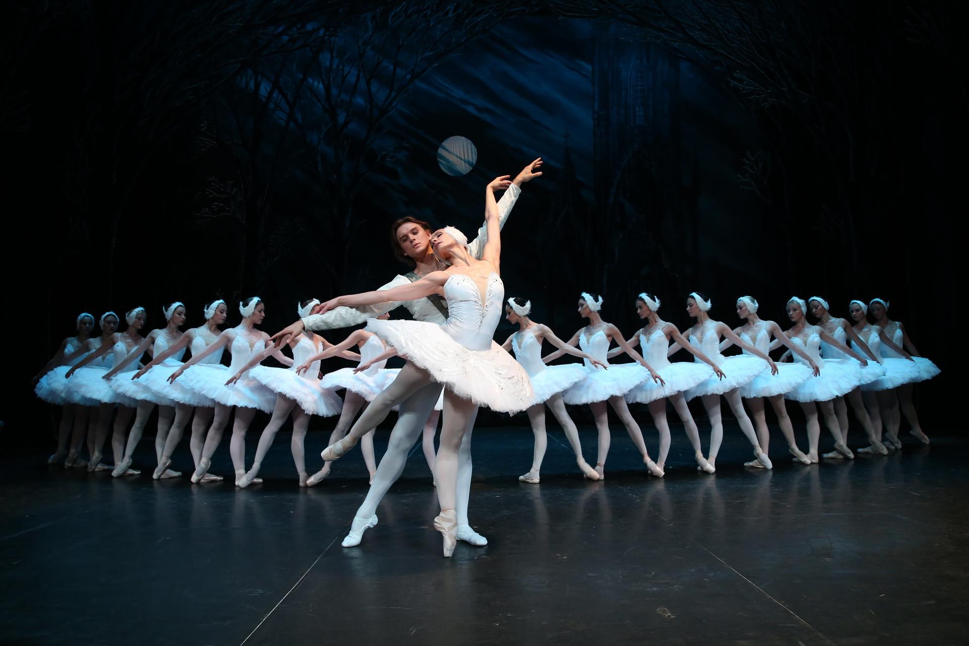 Dokler ne pridete v Mariinski ali Bolšoj teater, lahko gledate Labodje jezero tudi v SNG Opera in balet Ljubljana.