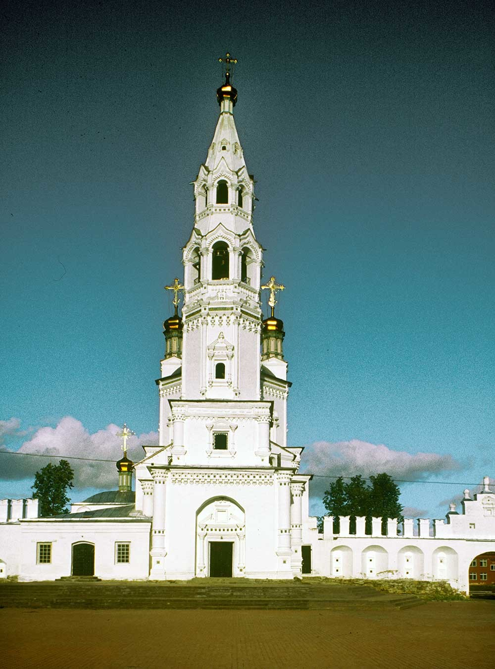 Trinity Cathedral bell tower. West view. August 26, 1999