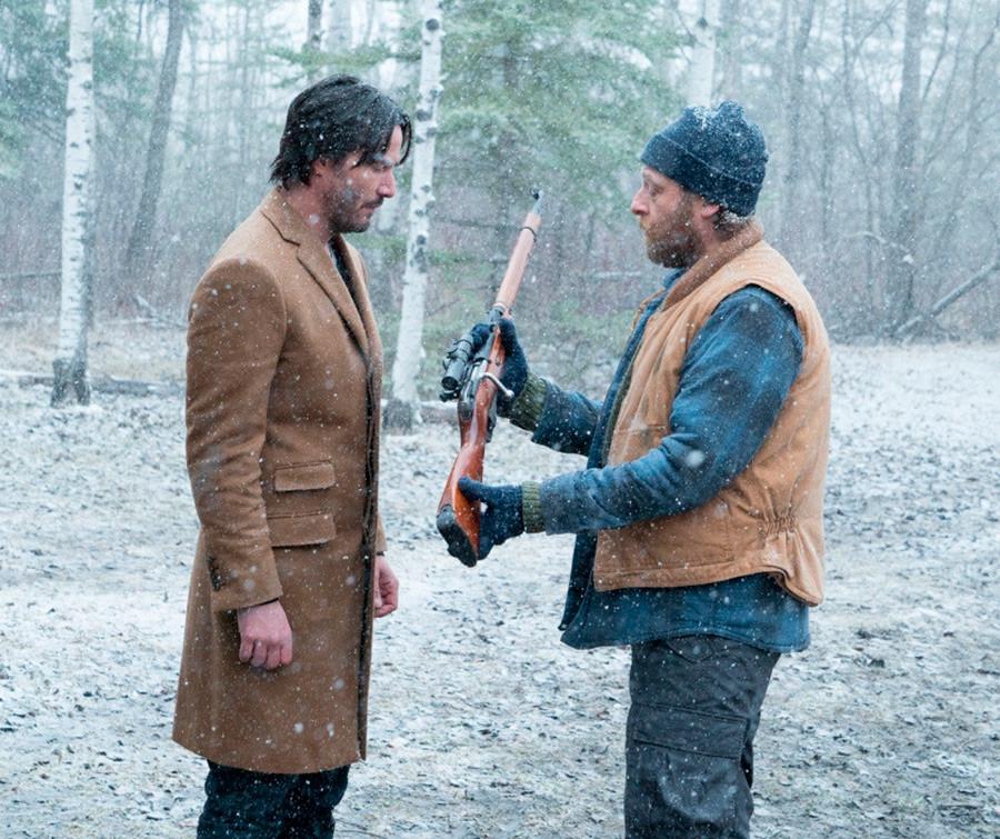 """Keanu Reeves sebagai Lucas Hill dalam film """"Siberia""""."""
