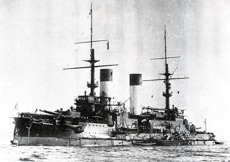 ドッガーバンク事件の時に使われた装甲艦「クニャージ・スヴォーロフ」。