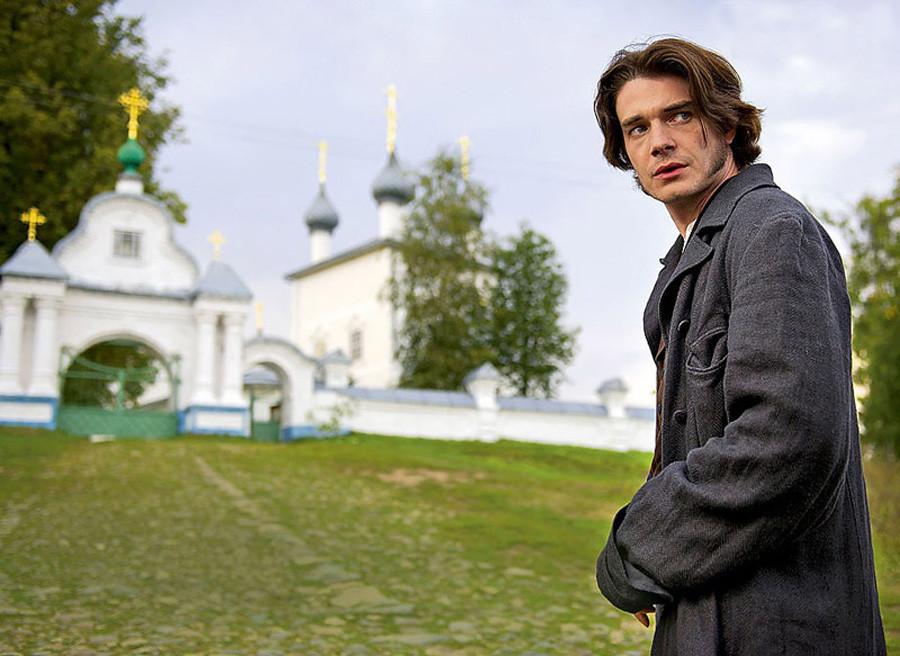 Nikolai Stavrogin. Cuplikan dari serial Vladimir Khotinenko