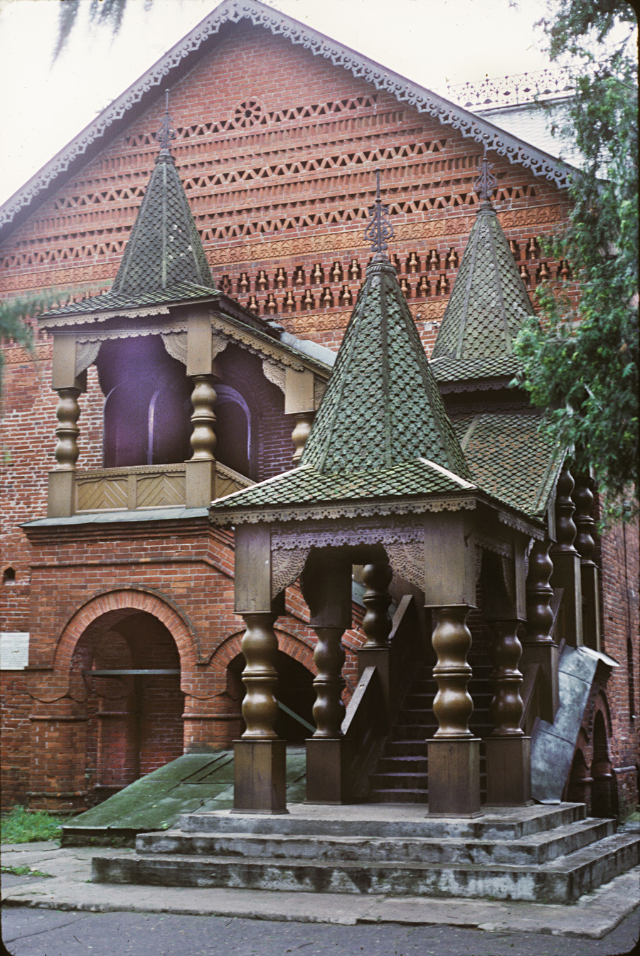 Palace (Chambers) of Uglich Princes. North view with stairway created by N. Sultanov. August 9, 1987.