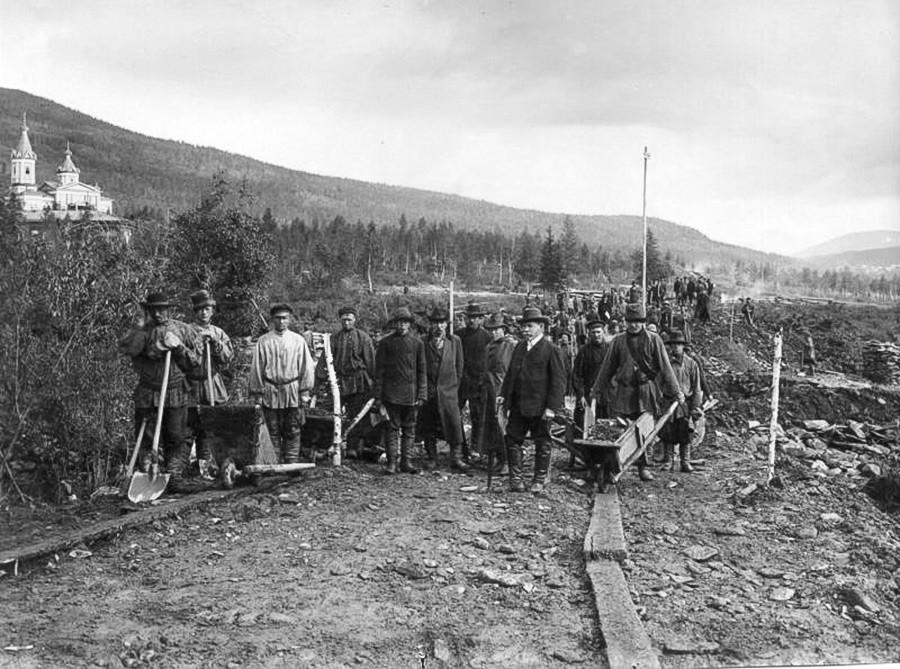 Minenarbeiter in Sibirien, 1900-er