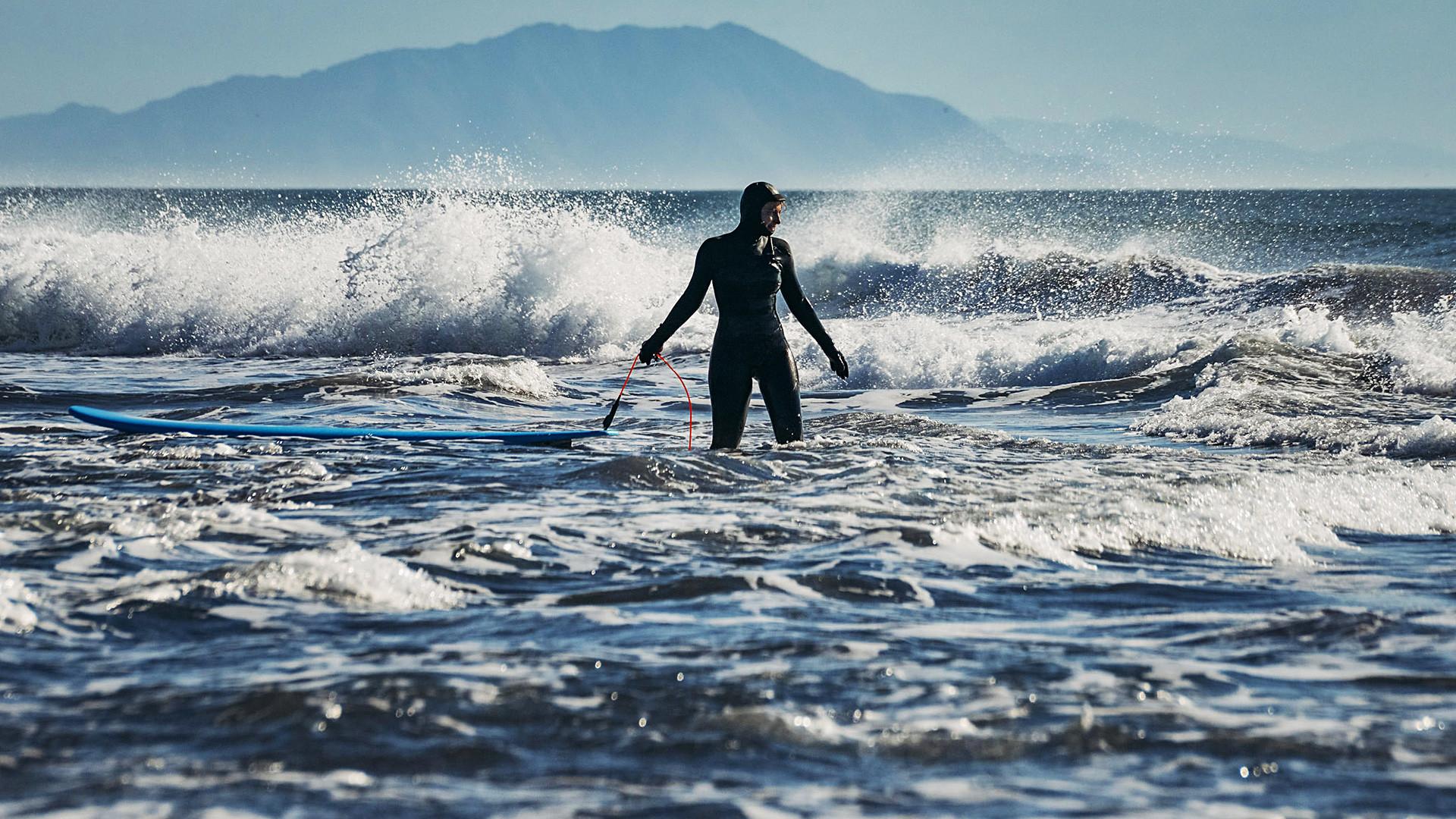 波と共に去りぬ カムチャッカでサーフィンをしよう ロシア ビヨンド