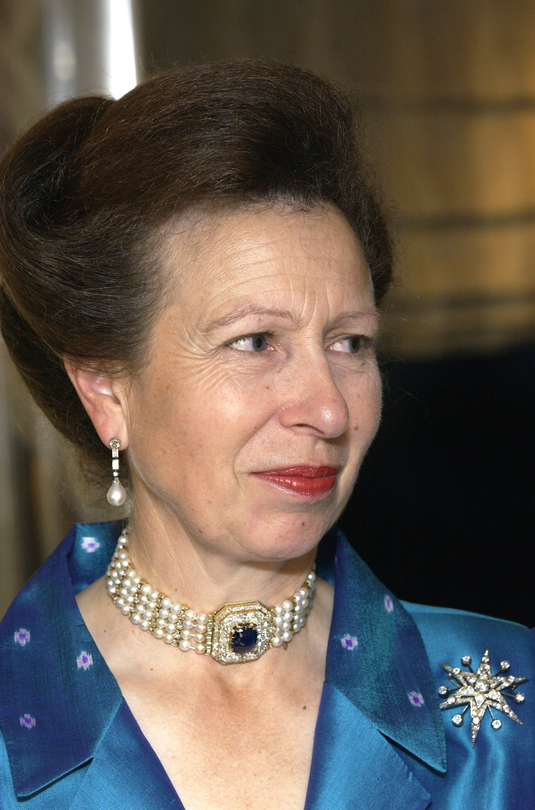Anne, the Princess Royal, wearing the choker that supposedly came from the Marie Feodorovna's collection.