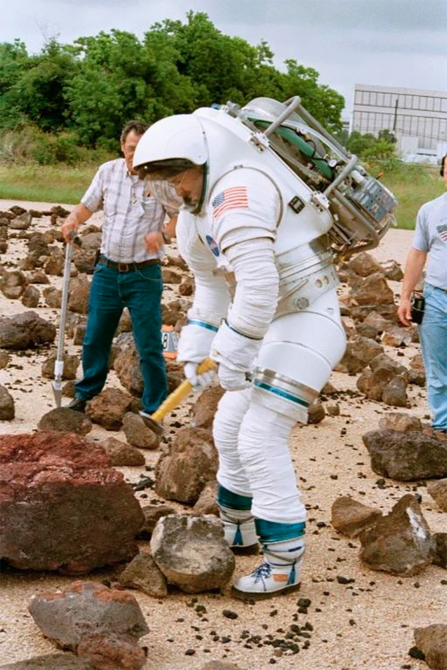 a 70 kg astronaut in space walking outside - photo #37