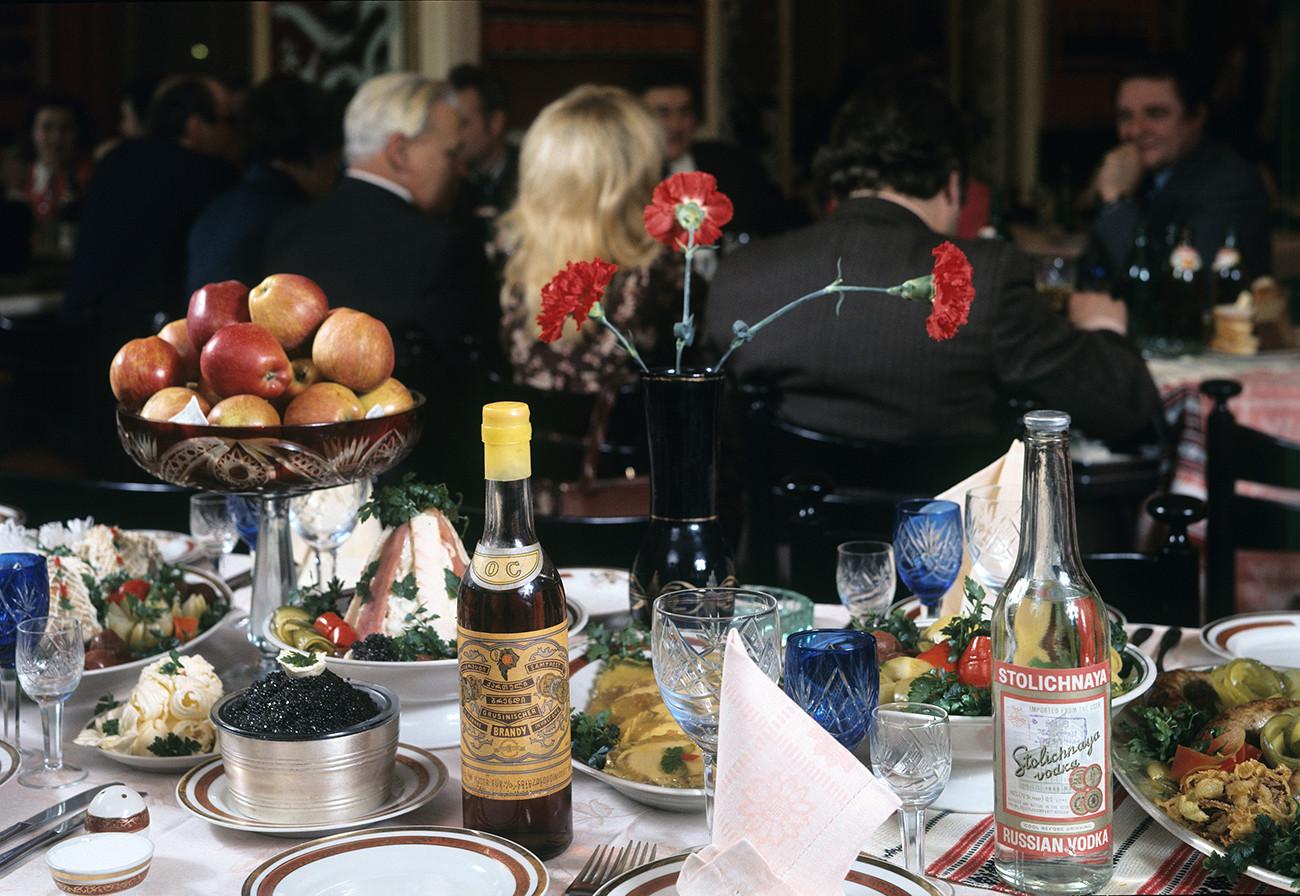 будущей советский новогодний стол фото чтобы доме оказались