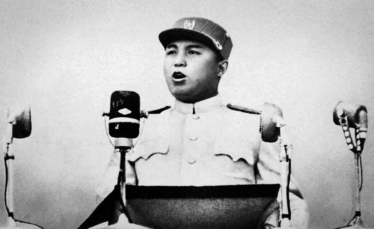 Bagaimana Uni Soviet Membentuk Pendiri Korea Utara Kim Il