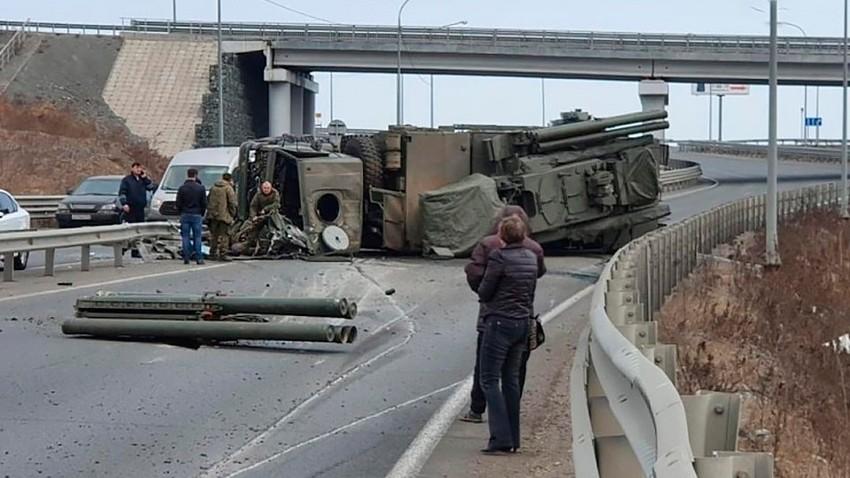 Cuando te levantas con el pie izquierdo (version verdeoliva):  Roban en Suecia dos vehículos blindados del Ejército 5c88d82e85600a671652e063