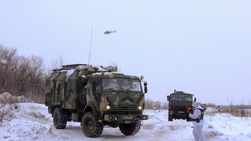 Kolona ruske enote za elektronsko bojevanje