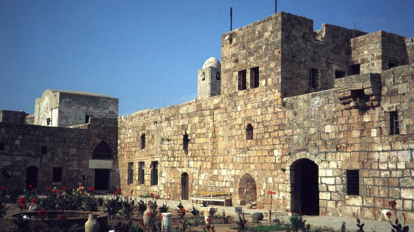 Град Аврад, удаљен 3,5 километара од Тартуса