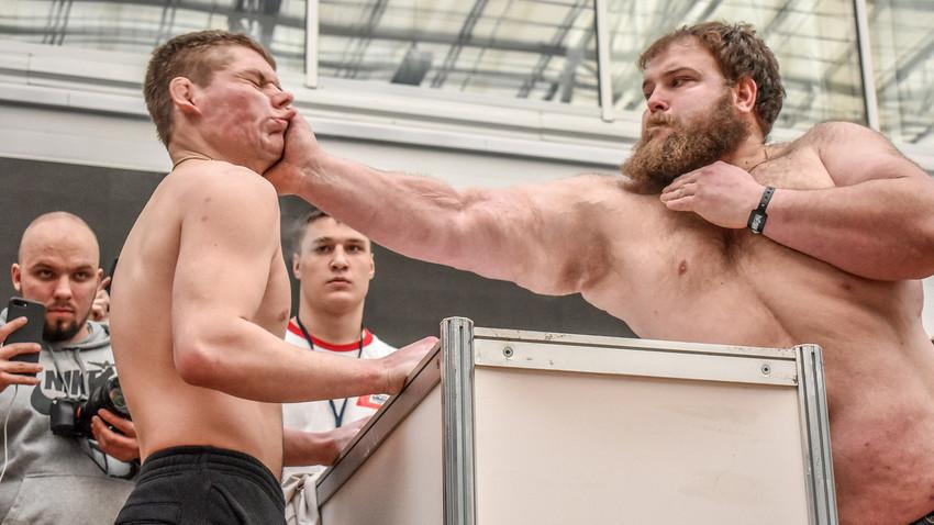 Vasilij Kamocki (desno)