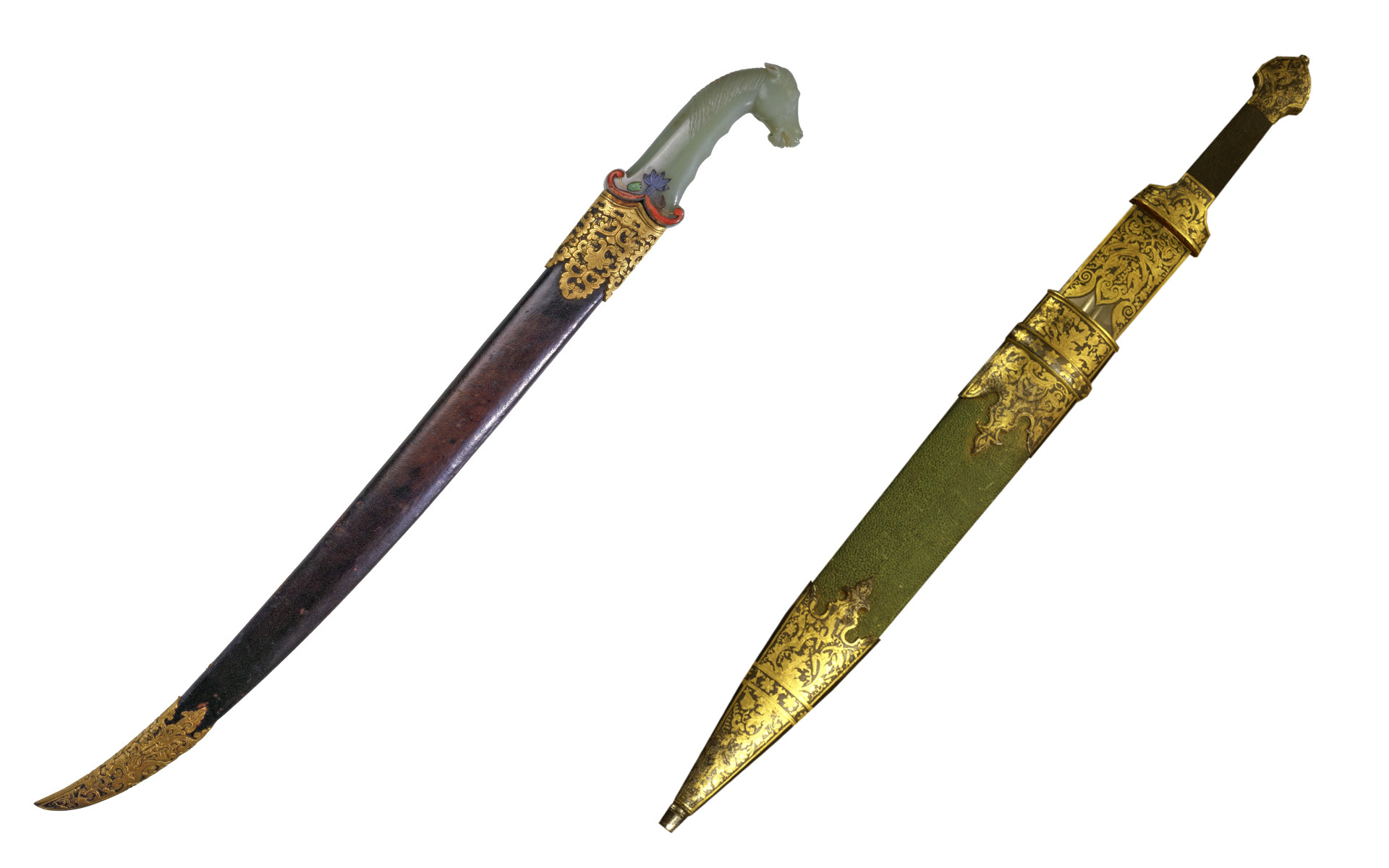 Left: Chinese dagger of the Quing era, the Palace Museum.