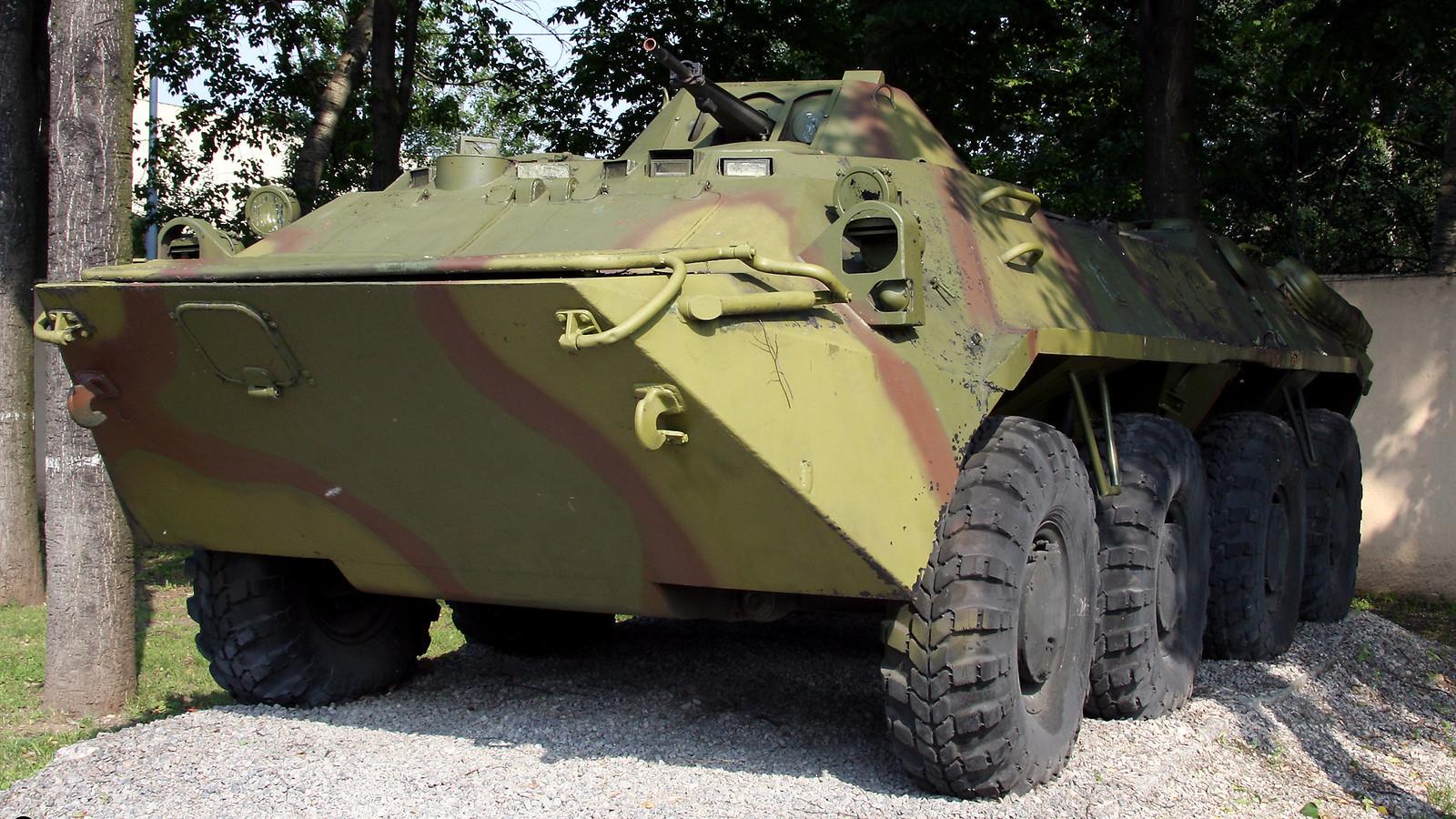 Vehículo blindado BTR-70.