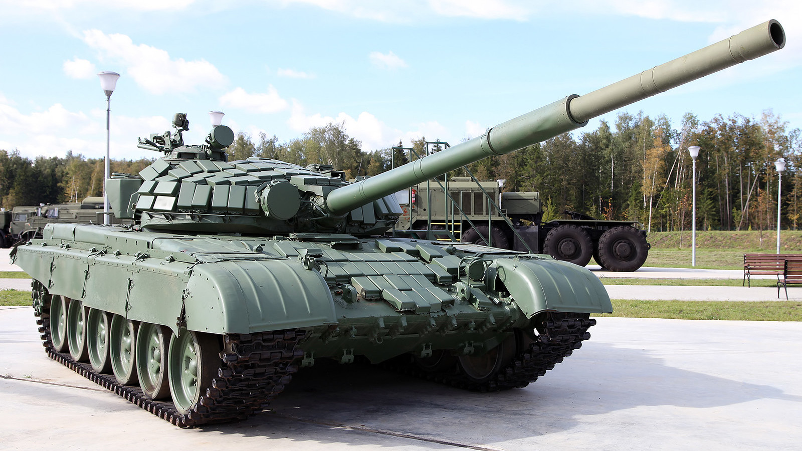 Tanque T-72B1.