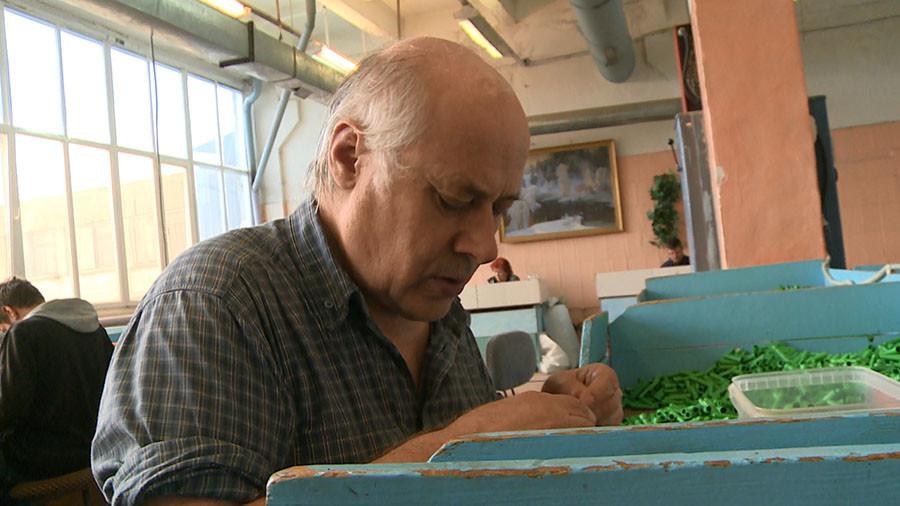 Vasilij Prutjan, slepi delavec, ki se je preselil v Rusinovo iz Moldavije