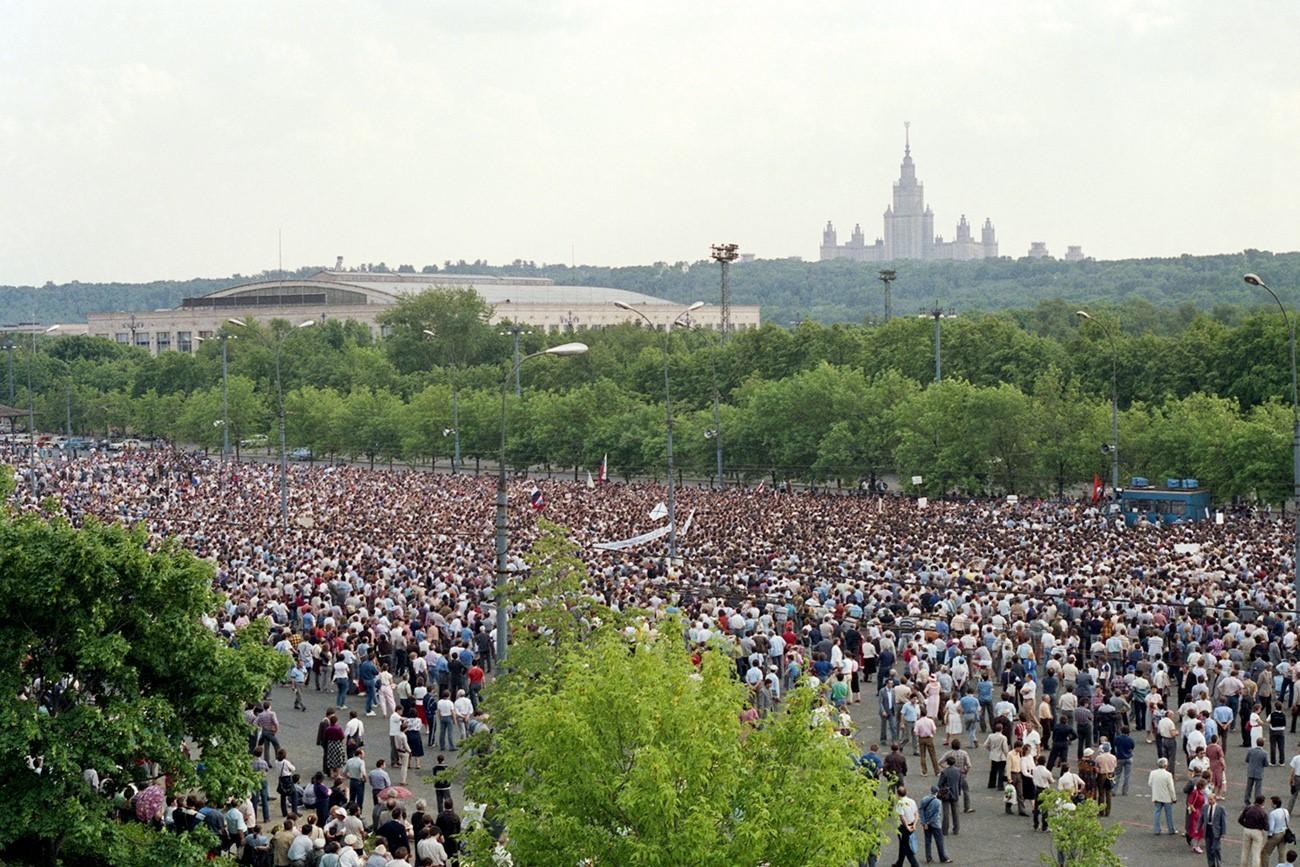 Eden od prvih dovoljenih shodov v Moskvi, 28. maj 1989