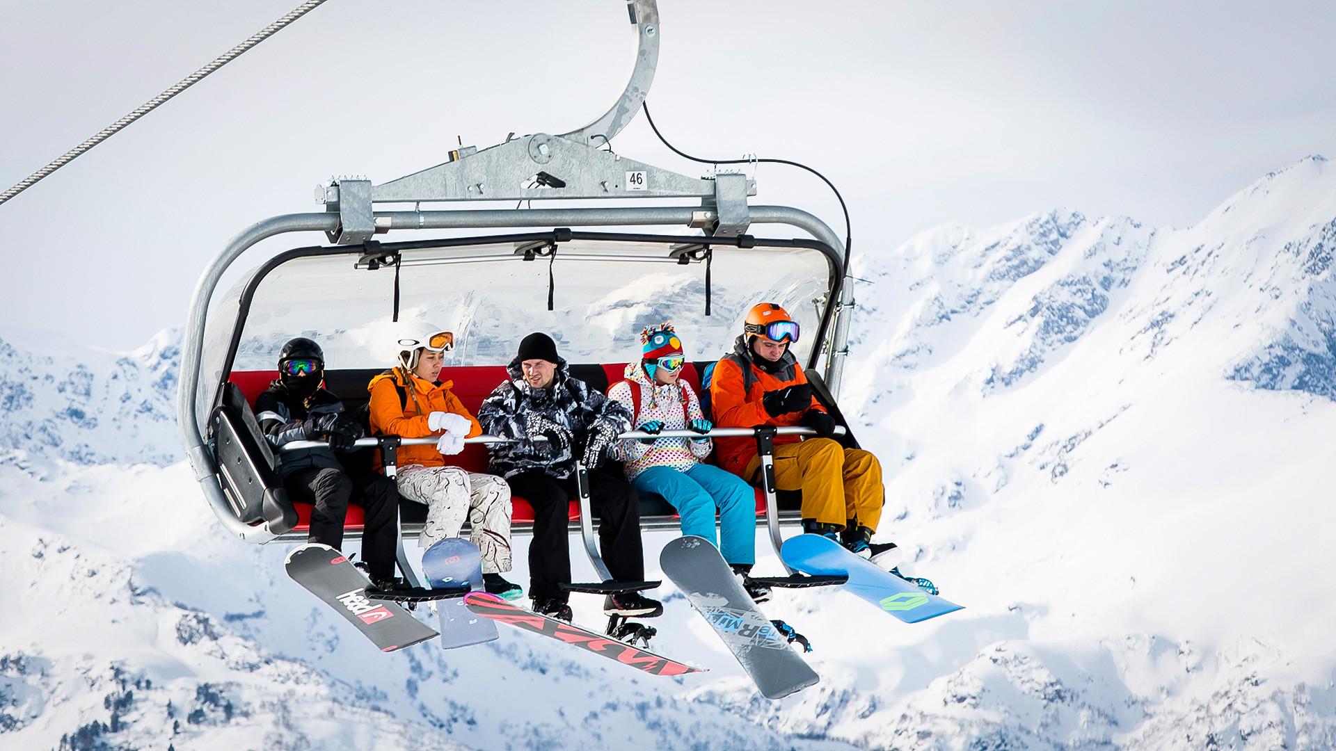 Всесезонный горнолыжный курорт Архыз.