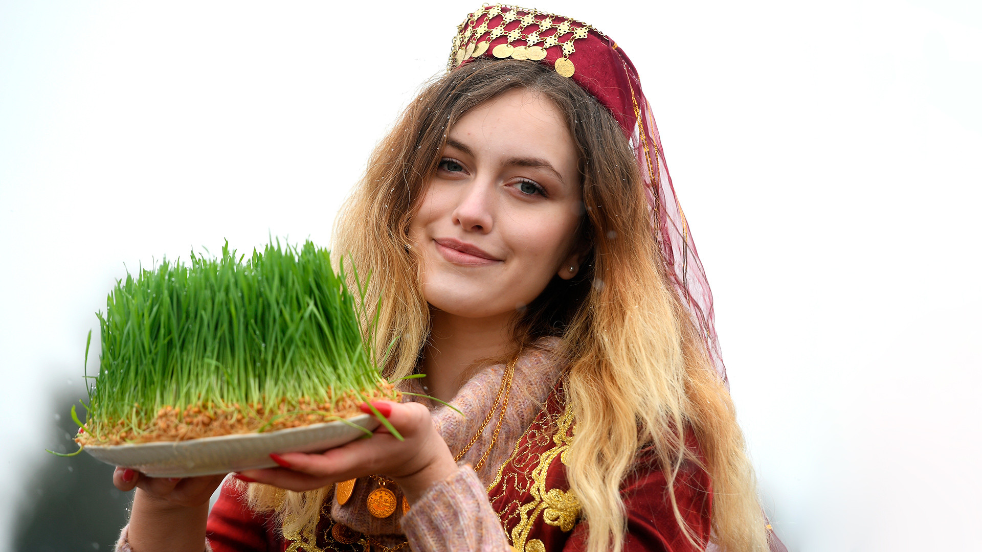 Russia celebrates Nowruz with dancing and a pilaf festival